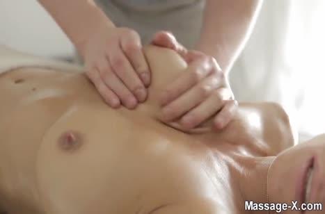 Скриншот для Красивое порно видео в массажном кабинете #2054 #2