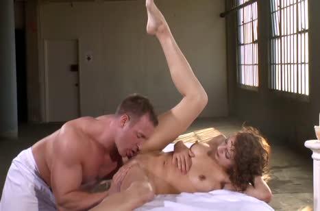Скриншот для Порно на телефон прямо в массажном кабинете #2778 #5