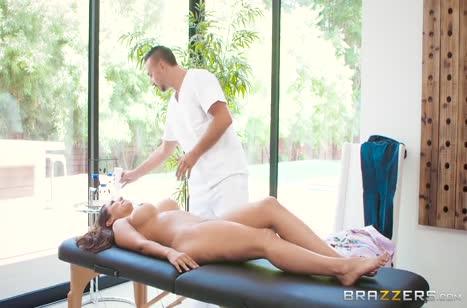 Скриншот для Красивое порно видео в массажном кабинете #3701 #2