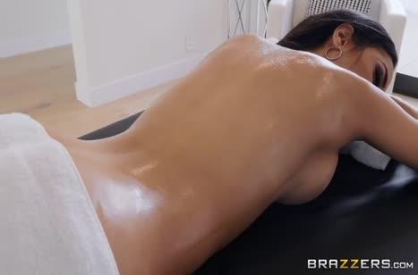 Скриншот для Порно на телефон прямо в массажном кабинете #5240 #1