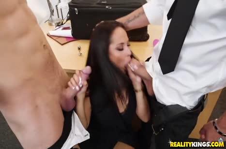 Никого не постеснялись и занялись сексом в офисе #2329