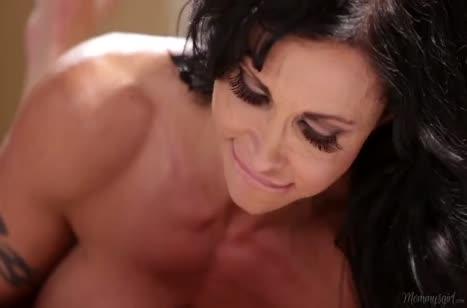 Скриншот для Сочная порнуха со зрелыми нимфоманками #154 #4